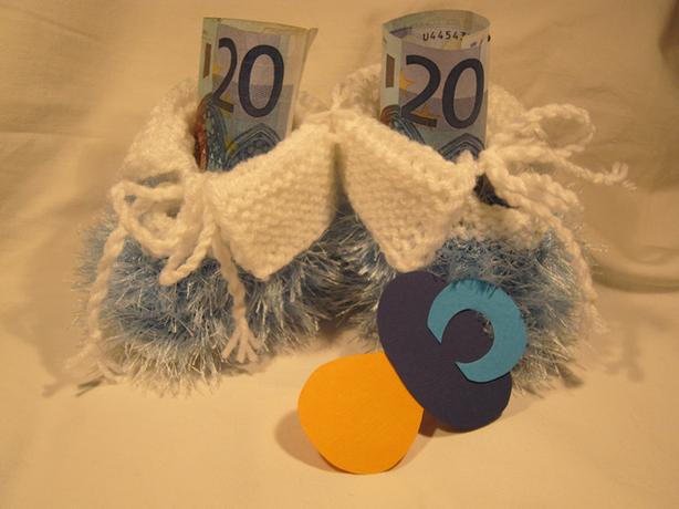 Babyschuhe geldgeschenke geburt geldgeschenke basteln de for Geschenke zur geburt selbstgemacht